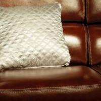 革張りソファの魅力