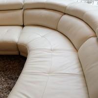 革張りソファのメンテナンス