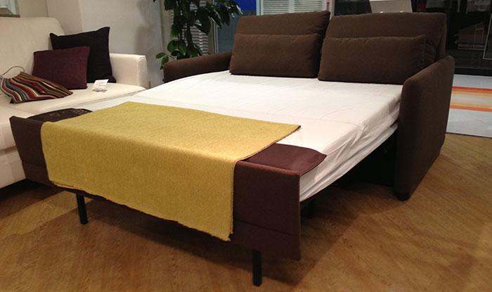 ソファーベッドは日本住宅事情に合っている 革張りソファ専門店セール